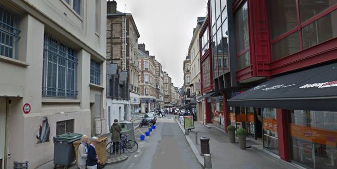 L'agression s'est produite rue Ecuyère dans le centre ville de Rouen (Illustration © Google Maps)