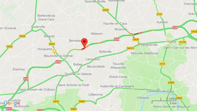 Seine-Maritime : un poids lourd couché sur l'autoroute A29 en direction du Havre
