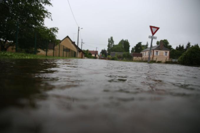 Une douzaine de routes sont toujours fermées ce mercredi matin - Photo © Département 27
