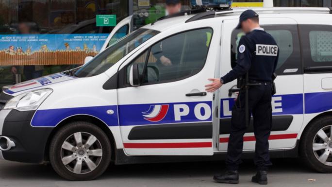 Yvelines : des policiers cible d'un tir de mortier à Sartrouville, pas de blessé
