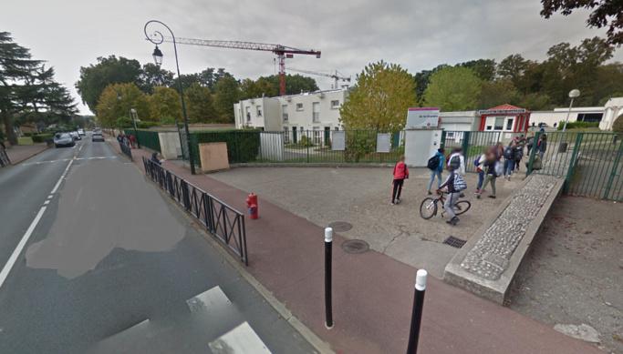 L'accident est survenu à proximité du collège de la Couldre, avenue des Quatre Pavés du Roy - Illustration © Google Maps
