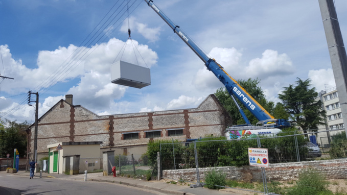 Caudebec-lès-Elbeuf : installation d'une classe modulaire à l'école Victor Hugo pour la rentrée