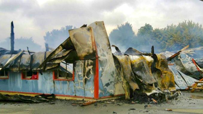 Le feu ravage l'atelier de production de la société Alma Mater à Bernay