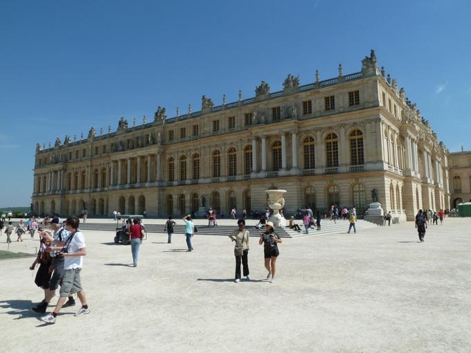 Avec l'affluence touristique, les pickpocket sont à l'affût au château de Versailles - illustration © Pixabay
