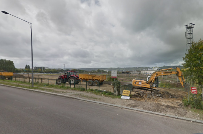 L'engin explosif a été mis au jour dans le périmètre des travaux de consruction de la future ligne T4 le long de l'avenue Jean-Rondeaux et de l'éco-quartier Flaubert - Illustration © Google Maps