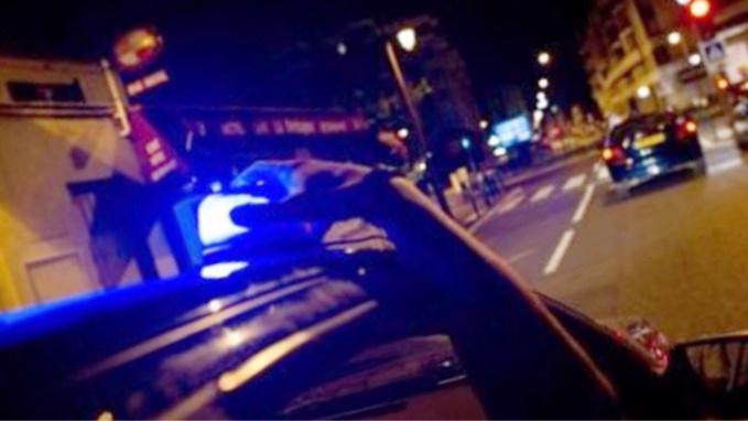 Les jeunes gens avaient équipé leur véhicule d'un gyrophare de police acheté sur internet ... - Illustration