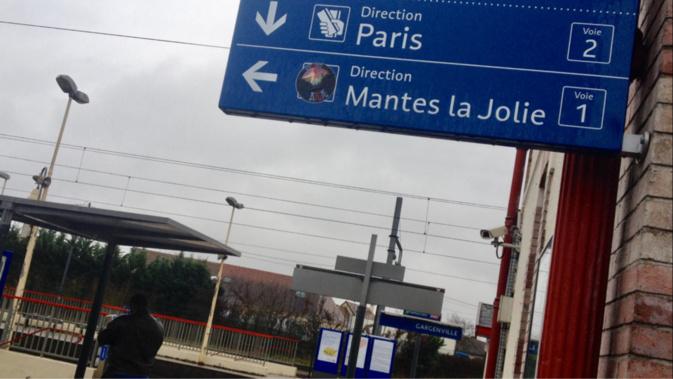Yvelines : le conducteur de la camionnette percutée par un train de voyageurs n'a pas survécu