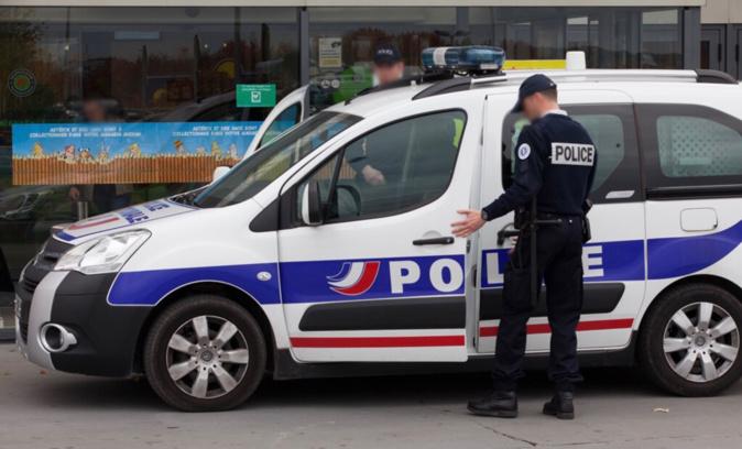 Les policiers ont vite constater que la conductrice n'était pas dans un état normal - Illustration © DGPN
