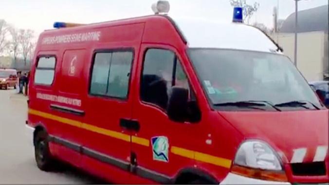 Le sexagénaire a été conduit par les pompiers au CHU de Rouen - illustration