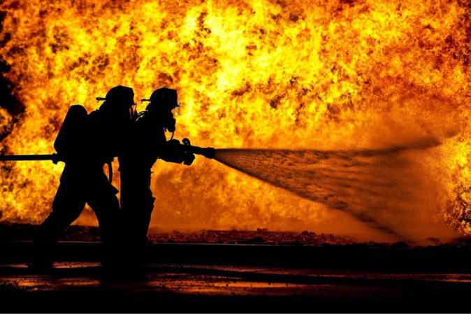 Deux lances ont été nécessaires pour venir à bout de l'incendie - illustration @Pixabay