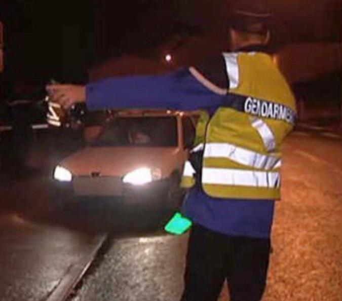 Un contrôle routier de la gendarmerie - illustration