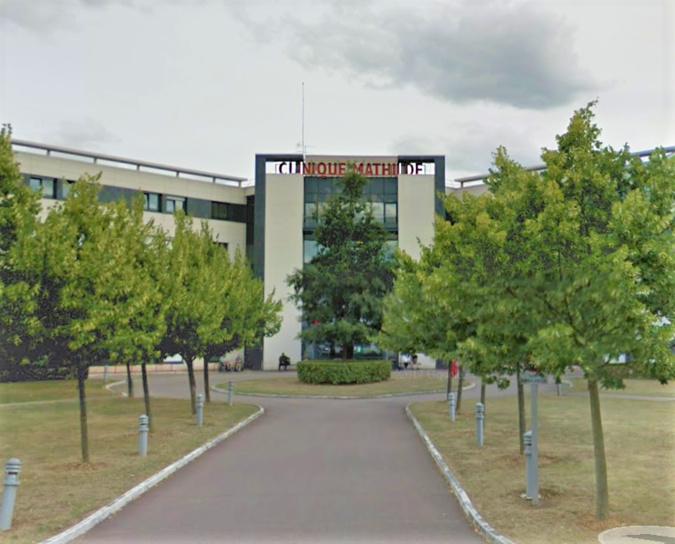 Le bandeau métallique menaçait de tomber à la clinique Mathilde à Rouen
