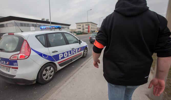 Les policiers de la BAC ont rapidement vu que le véhicule qu'ils contrôlaient était maquillé - Illustration