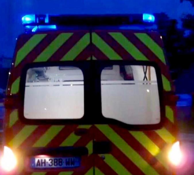 La femme a été prise en charge par les secours : elle était en urgence absolue, indique le centre opérationnel départemental d'incendie et de secours - Illustration
