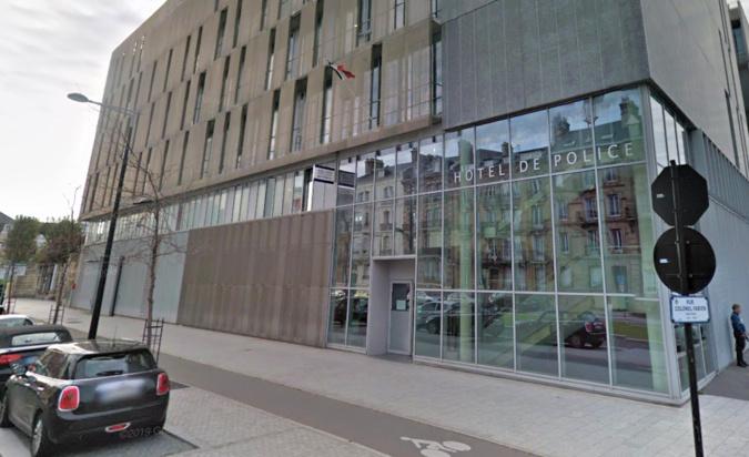 Une baie vitrée de l'hôtel de police a volé en éclats - Illustration