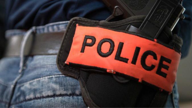 La police a ouvert une enquête pour violences volontaires avec arme - Illustration @ DGPN