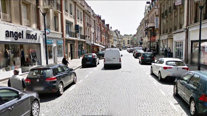 Le vol s'est déroulé dans une boutique de la rue Chartraine, lundi vers 14 heures - illustration
