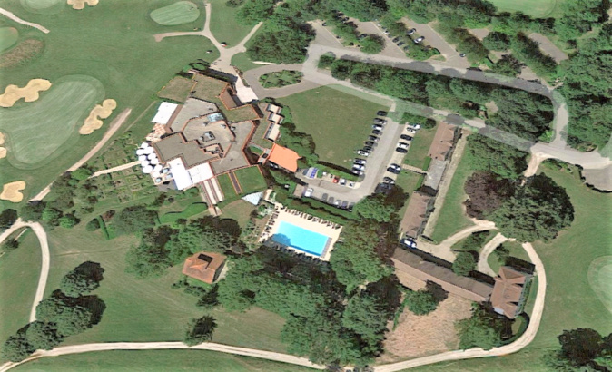 Le golf de Joyenval est un établissement privé implanté en forêt de Marly - Illustration © Google Maps