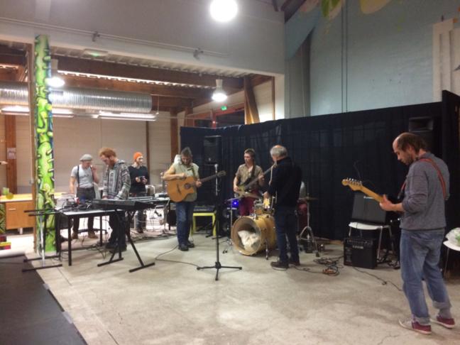 Jam Session à la MJC de Verneuil d'Avre et d'Iton : une rencontre entre musiciens et danseurs