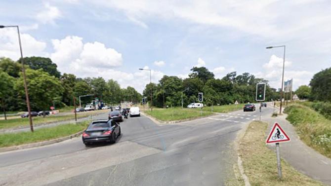 Le trafic a été fortement perturbé sur la N184 à l'intersection où s'est produit l'accident - illustration