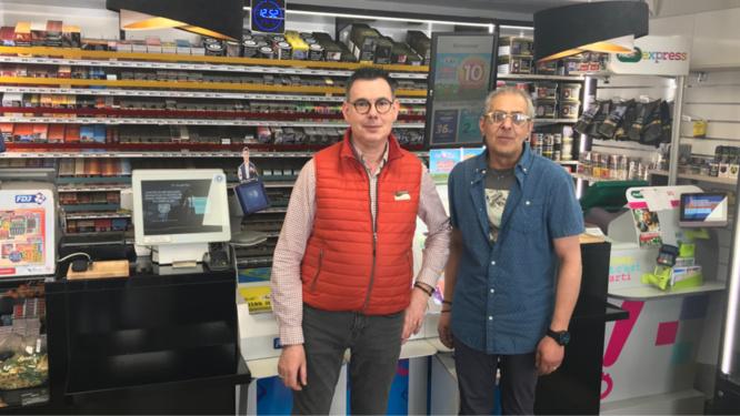 Jean-Luc et Thierry ont voulu que leur magasin redevienne une civette  - Photo © infonormandie
