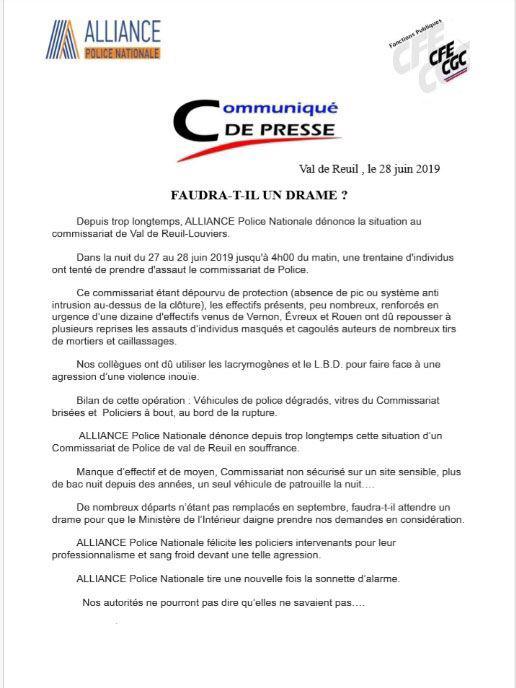 Le commissariat de police de Val-de-Reuil pris d'assaut en pleine nuit par des individus cagoulés