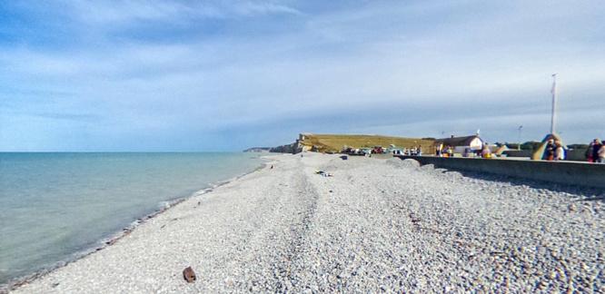 La plage de Saint-Aubin-sur-Mer - illustration © DR