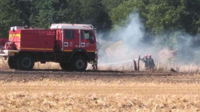 Le feu sanest déclaré dans un champ au hameau Sainte Catherine - illustration @ infonormandie