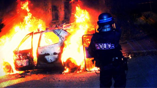 Deux véhicules ont été incendiés - Illustration @ DDSP78