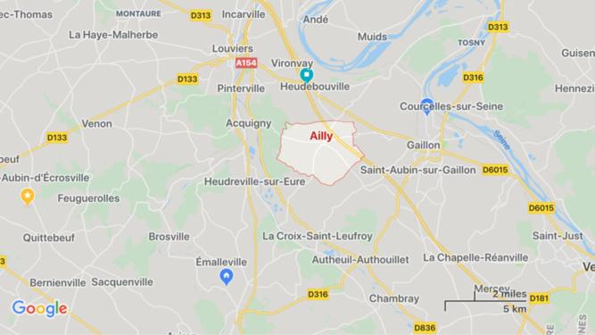 Choc frontal tracteur - voiture dans l'Eure : un blessé, héliporté en urgence absolue à Rouen