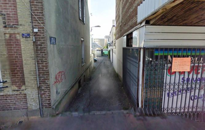 Le corps sans vie du sexagénaire a été découvert à son domicile impasse Laennec, une voie perpendiculaire à la rue Aristide-Briand, dans le quartier de Graville - Illustration © Google Maps