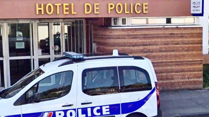 Le cambrioleur a fini la nuit en dégrisement à l'hôtel de police - Illustration