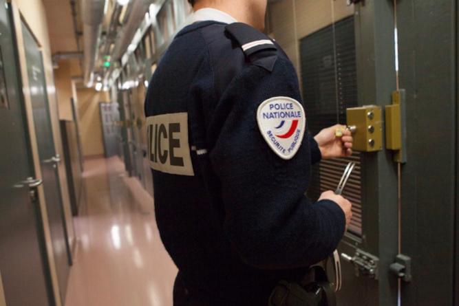 Le concubin violent a été placé en garde à vue - illustration @ DGPN