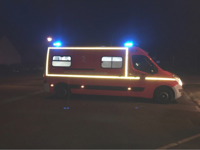 Les sapeurs-pompiers ont prodigué les premiers soins aux victimes avant de les transporter vers l'hôpital - Illustration @ infonormandie