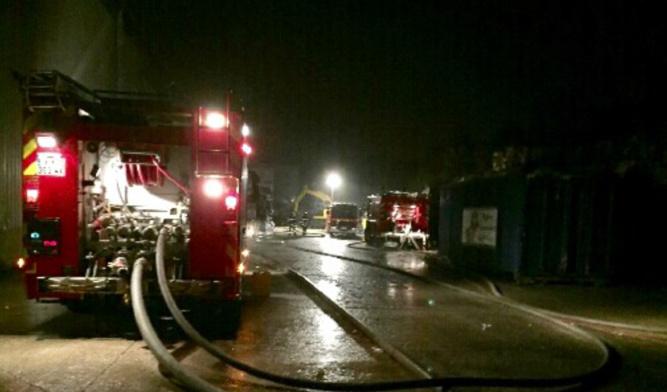 Des moyens importants ont été déployés pour venir à bout de l'incendie cette nuit à Pont-Audemer - illustration