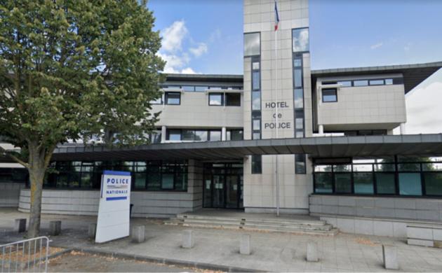 L'hotel de police de Mantes-la-Jolie
