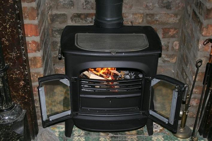 Un chauffage défectueux et des aérations bouchées sont le plus souvent à l'origine de l'accumulation de monoxyde de carbone, un gaz indétectable - Illustration © Pixabay