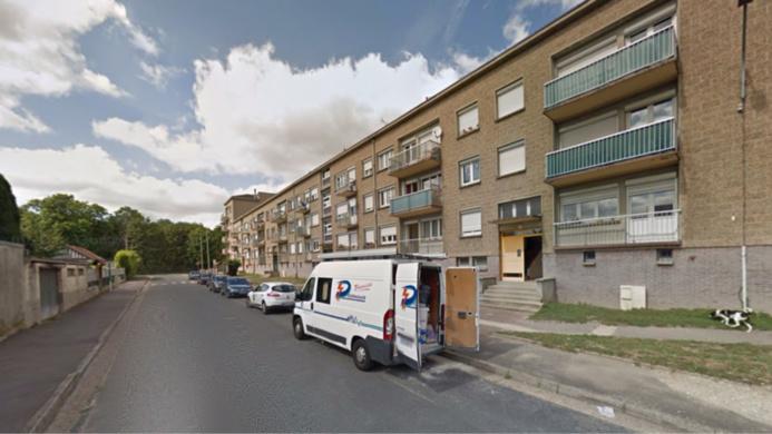 Elbeuf : un homme chute du troisième étage, il est hospitalisé dans un état critique