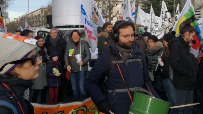 Comme lors de la journée du 5 décembre, les enseignants seront encore très nombreux dans les rues de Rouen pour s'opposer à la réforme des retraites - Illustration © SNUipp-FSU 76/ Twitter