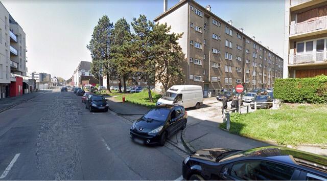 L'adolescent blessé a été pris en charge par les sapeurs-pompiers dans le hall d'un immeuble de la Sablière, avenue de Grammont - illustration