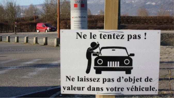 Rouen : l'auteur de 14 vols à la roulotte est interpellé en venant déposer plainte à l'hôtel de police