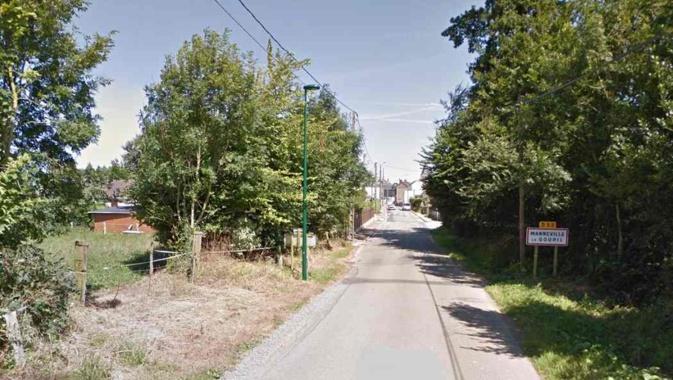 Le trou s'est formé à cinq mètres environ de la route des Hêtres, au niveau du numéro 179 à l'entrée de la commune - illustration @ Google Maps