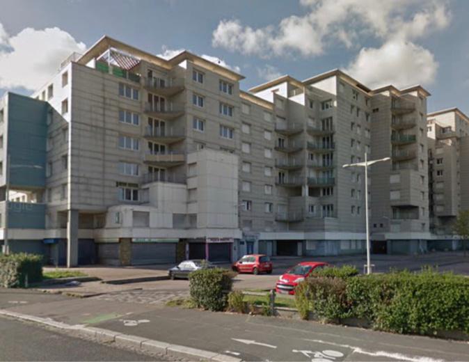 Incendie au 4ème étage d'un immeuble désaffecté au Havre : les pompiers sont sur place