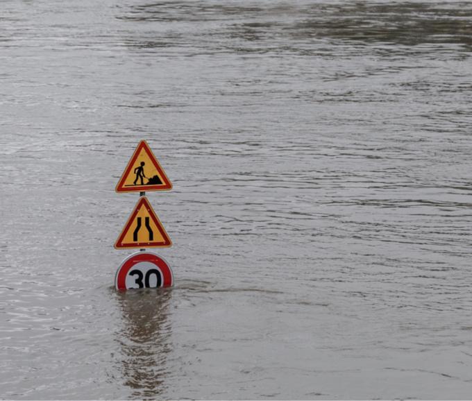 Des routes sont inondées dans les boucles de la Seine - illustration @ iStockphoto