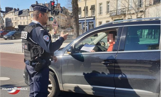Plus de 200 contraventions ont été dressés en 24 heures par les services de police dans les agglomérations de  Rouen et Elbeuf - Photo © DDSP76