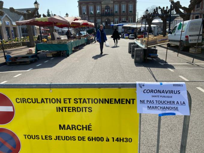 Le marché de Pacy-sur-Eure - Photo © infoNormandie