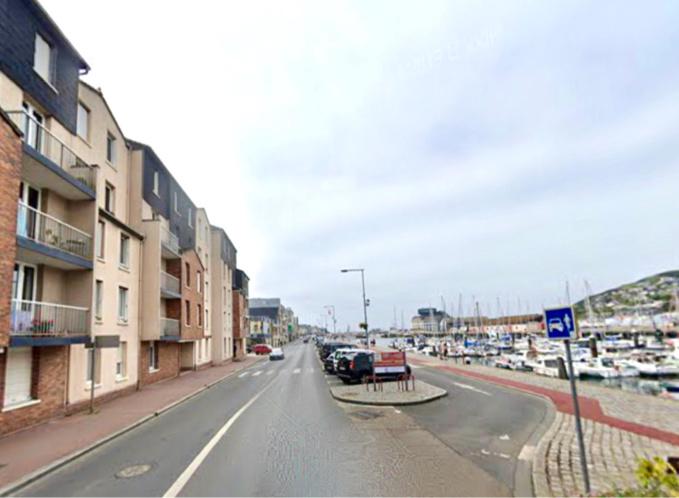 Le drame s'est déroulé quai Bérigny, devant le port de plaisance - Illustration