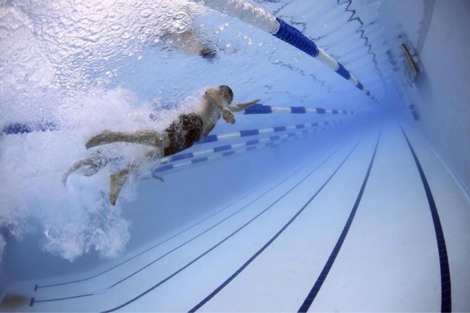 Des conditions sanitaires strictes vont être imposées aux baigneurs - Illustration @ Pixabay