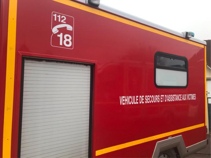 Les trois blessés ont été transportés par les sapeurs-pompiers au CHU de Rouen - Illustration © infoNormandie