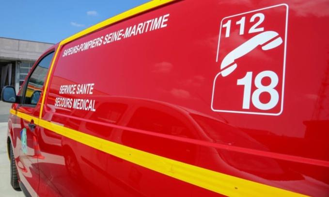 Les deux blessés devaient être transportés par les sapeurs-pompiers vers l'hôpital le plus proche - illustration © Sdis76